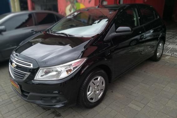 Chevrolet Onix 1.0 Lt 5p 2013/2014 Preto