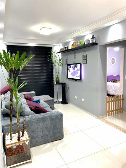 Apto 2 Dormitórios, 64 Metros, Condomínio Valor Baixo