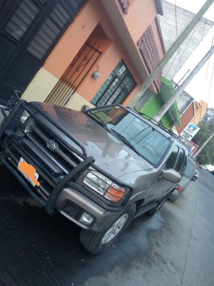 Nissan Pathfinder Le Ee Piel Aa 4x2 At 2001