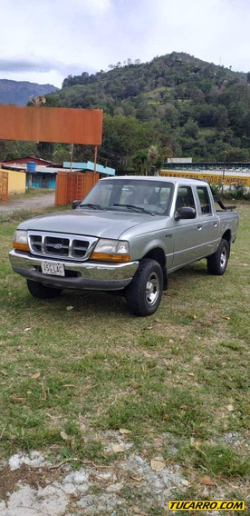 Ford Ranger Doble Cabina V6