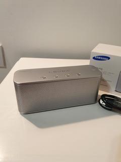 Parlante Samsung Level Box Mini Gris Y Azul