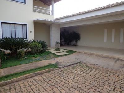 Casa Em Condomínio Para Venda No Cândida Câmara Em Montes Cl - Cas31