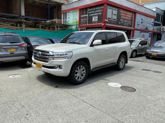 Toyota Sahara Vx 4.6 Gasolina 2017 Perfecto Estado