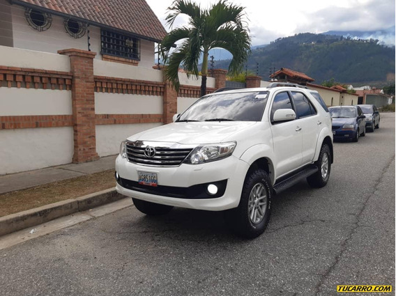 Toyota Fortuner Limited 4x4
