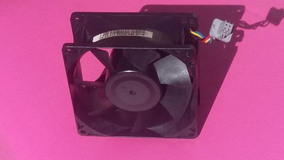 Ventoinha Para Refrigeração Em Sistema Servidor