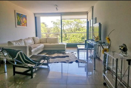 Vendo Excelente Apartamento De 3d, Punta Del Este, Servicios