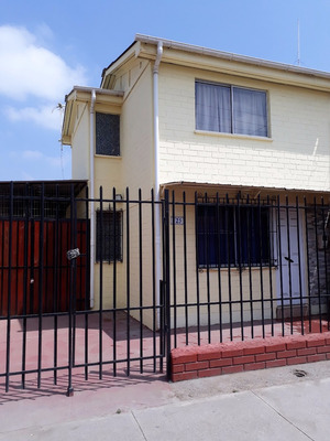 Casa Esquina Apta Para Comercio O Habitacional