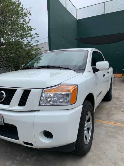 Nissan Titan 5.6l S V8/ 4x4 At 2014