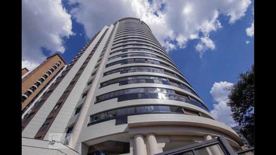 Apartamento De 4 Suítes, 4 Salas E 4 Vagas Com 250 M2