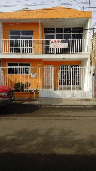 Casa En Excelente Ubicación 4 Recamaras Colonia San Andres