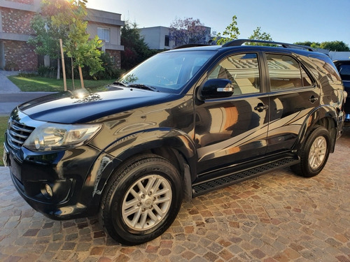Toyota Sw4 2013 2.7 Srv Cuero Vvti 4x2 4at 7 Asientos