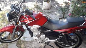Appia Brezza 150 Cc. Color Bordo