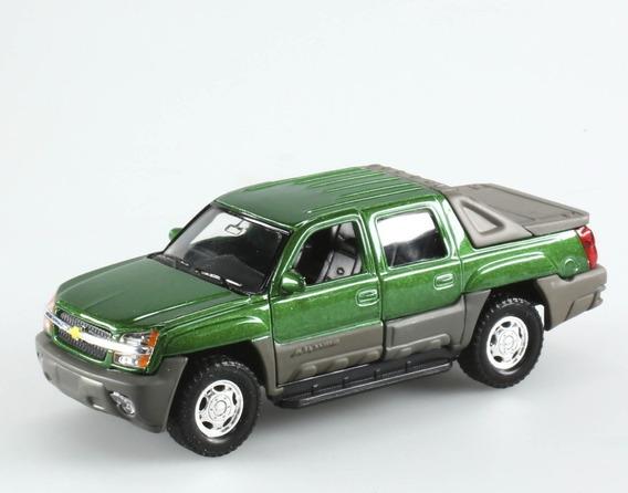 Camioneta Chevrolet Avalanche 2002 Coleccion Esc 1:38 Metal