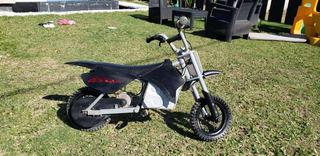Moto Eléctrica Razor Mx350 Casco De Regalo 24v