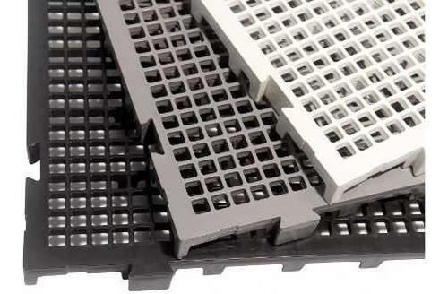 Imagem 1 de 3 de 90 Estrado Plastico 50x25 + 4 Estrados 40x40 Branco