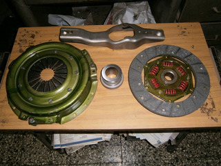 Embrague Para Ford Taunus Completo Con Ruleman Y Horquilla