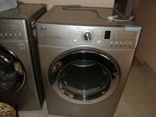 Lavadora Y Secadora Marca Lg De 31libras Prácticamente Nueva