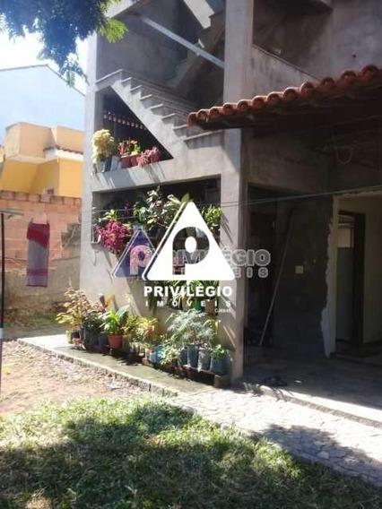 Casa De Rua À Venda, 4 Quartos, 2 Vagas, Curicica - Rio De Janeiro/rj - 23757