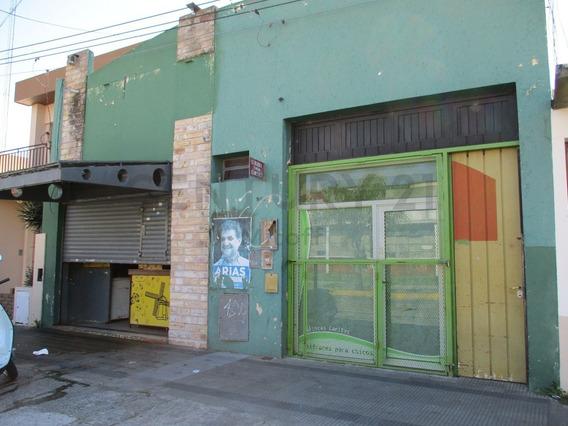 Local Comercial En Venta En La Plata