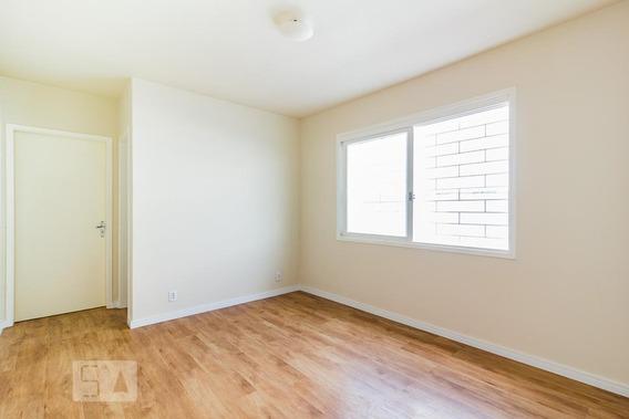 Apartamento Para Aluguel - Camaquã, 1 Quarto, 50 - 893049074