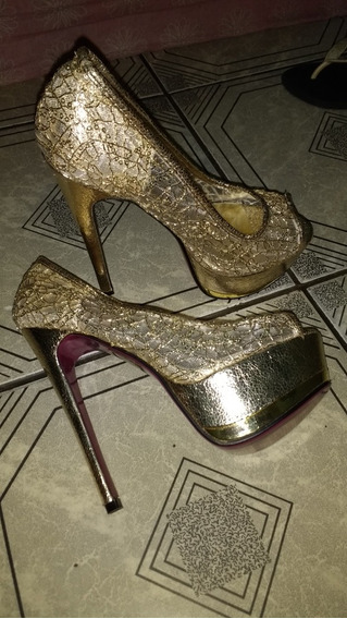 Sapato De Salto Alto, Dourado