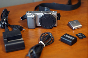 Camera Sony Alpha Nex 5 Corpo + Acessórios Leia