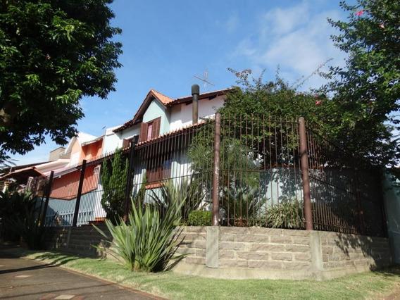 Casa Em Estância Velha Com 3 Dormitórios - Li920