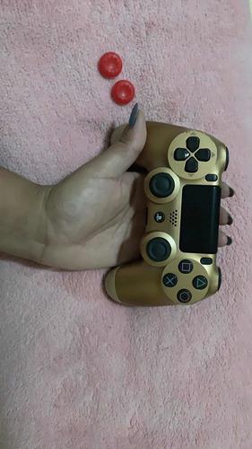 Imagem 1 de 3 de Controle Dourado Ps4 Slim