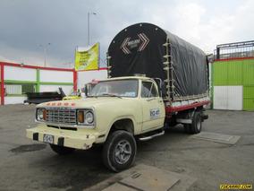 Estacas Dodge 300