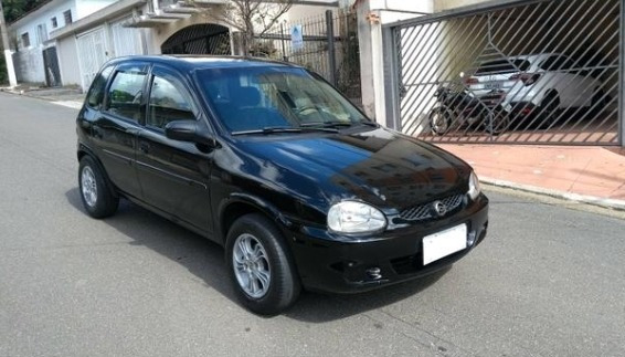 Gm Corsa Hatch 2002 Com Ar Condicionado