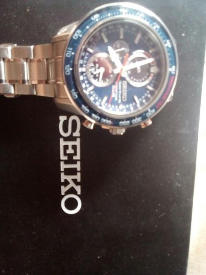 Relógio Seiko Sportura Solar 100 Metros Prova D