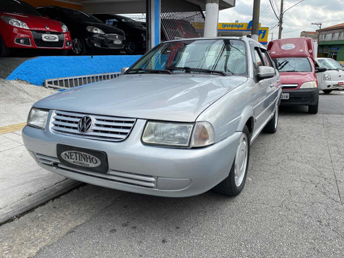 Volkswagen Santana 1999 1.8 4p Gasolina