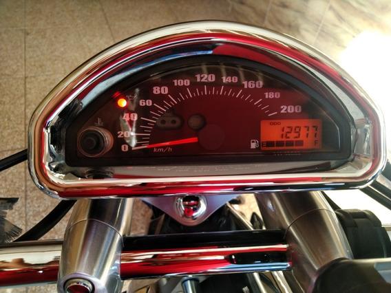 Suzuki Boulevard M800r