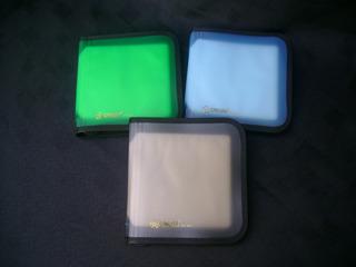 Porta C-d Sakura Para 24 C-d Plásticas Con Cierre.