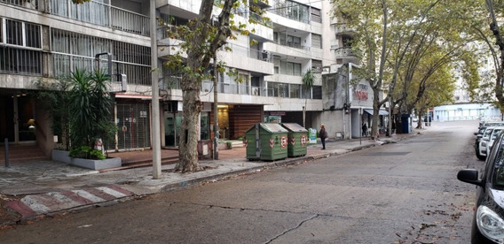 Alquiler Local Comercial Pocitos En Avenida Transitada