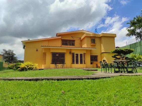 Casa En Venta Valles De Camoruco Aaa 20-23318