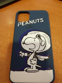 Funda iPhone 11 Pro Max Snoopy Astronauta Azul