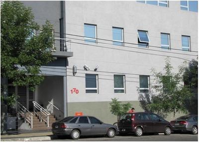 Oficina - Alquiler Amoblada - Parque Patricios - 900m2 De Alfombra - 170/200 Puestos De Trabajo