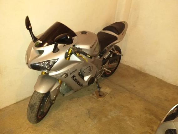 Moto Kawasaki Ninja Zx-6r 2004, 636 Cc, Color Plata