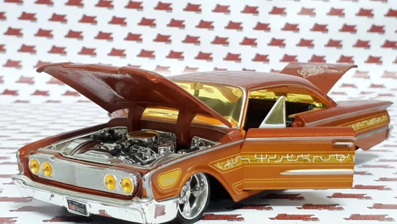 Ford Starliner 1960 Lowrider Tuning- Maisto 1:24.impecable