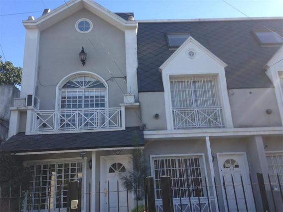 Triplex De 120 M2 Excelente Estado En Villa Sarmiento