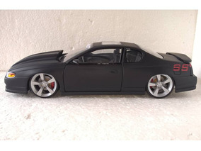 Chevorlet Monte Carlo Ss 2000 1/18 Custom