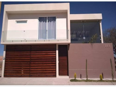 Casa Sola En Venta Fracc Villas De La Cantera