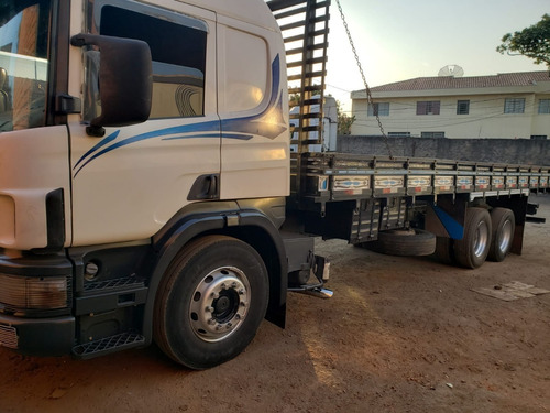 Imagem 1 de 7 de Scania P 330