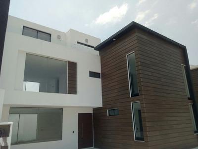 Venta Residencia En Udla Y Plaza Explanada