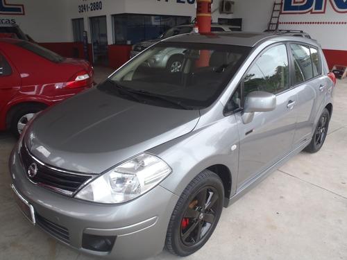 Imagem 1 de 8 de Nissan Tiida Sl 2012