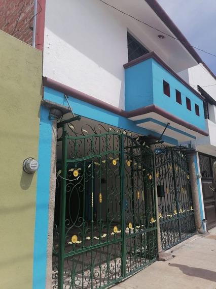 Venta Casa León Ampliada, Mejorada 3 Recs +estudio/sala Tv 2