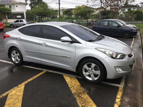Hyundai Elantra 2013 2.0 16v Gls Flex Aut. 4p