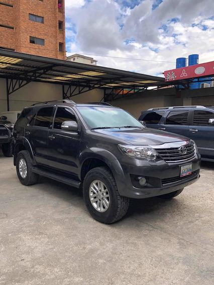 Toyota Fortuner 4x4 27.000$ Neg
