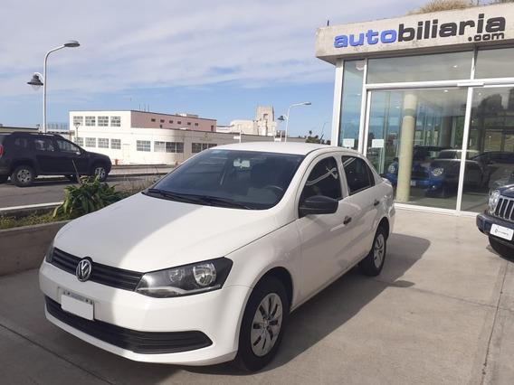 Volkswagen Voyage - 2014